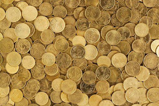 Mennyi pénz van a kasszában?